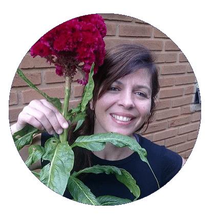 Maria dos Anjos é Professora de Tarot em São Paulo
