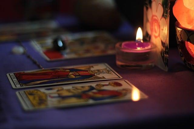 Curso de Jogo de Cartas de Tarot